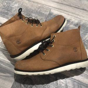 Timberland chukka boots. Cognac colored